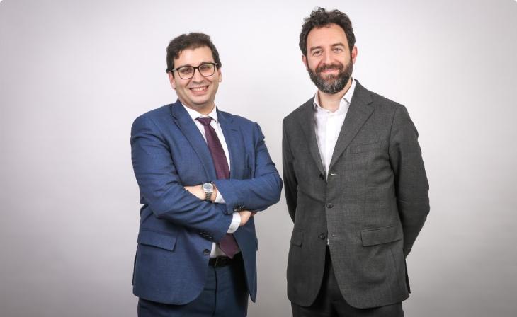 Hedi Ben Chaabane, directeur global Market Access en inflammation et immunologie chez Pfizer France, et Daniel Szeftel, co-fondateur de Sêmeïa